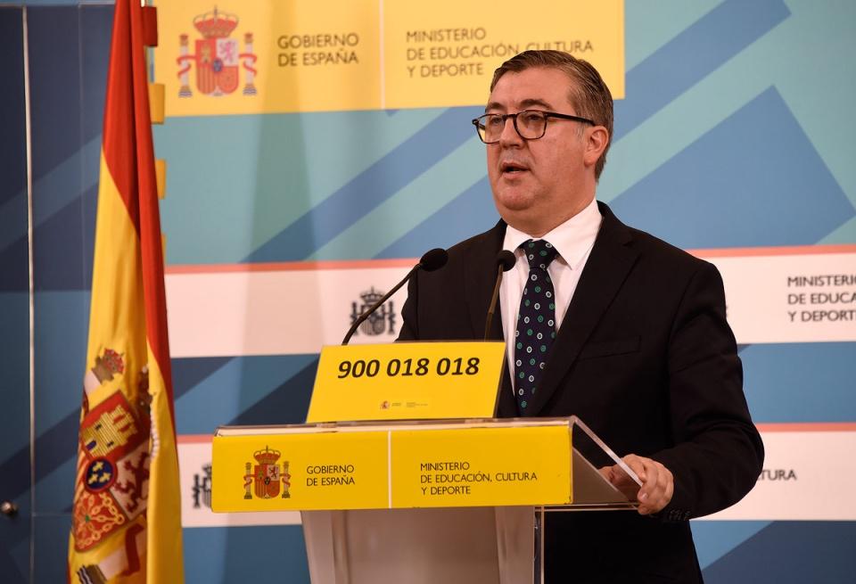 El secretario de Estado de Educación, Formación Profesional y Universidades, Marcial Marín, en la presentación del número de teléfono para víctimas de acoso escolar - Foto: Ministerio Educación