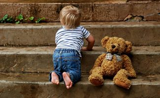 niño, violencia, infancia, ANAR, jupsin.com